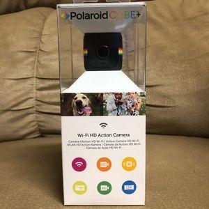 Brand New Polaroid Cube +